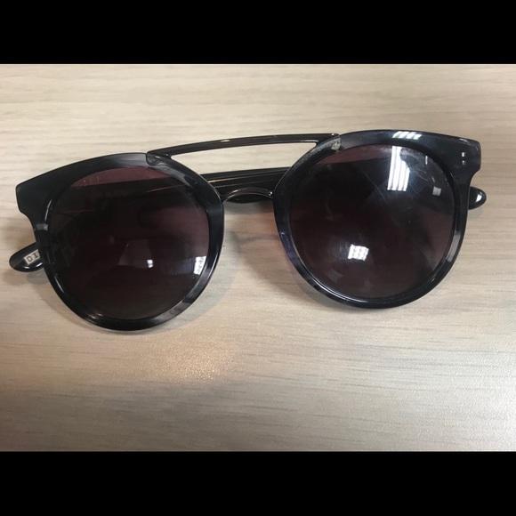 dcc249929c Diff Eyewear Accessories - Diffeyewear Rose gradient astros